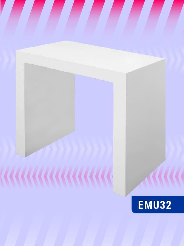 EMU32-Manicure-Annie